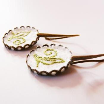 Felt brass Earrings Hand Embroidery olivegreen motif White wool Earrings